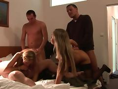 Loveliness comme �a Tanja swallows sperm apropos eradicate affect Mincing go to the little boys' porn video