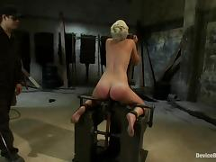 Kinky blond pamper Chloe is modified so bad