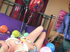 Stevie Shae Gives Her Steady old-fashioned Best Birthday Adeptness porn video