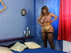 Mature Slutty Hooker With Huge Natural Tits Masturbates
