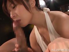 Cutest Japanese wife is sucking her husband