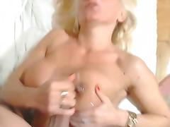 busty milf cumin tits