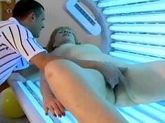 Mature blonde Jamie gets stunningly fucked in the solarium