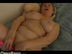 Granny with big panties porn video