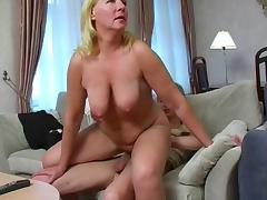 Big arse and saggy tits, what more do you need. porn video
