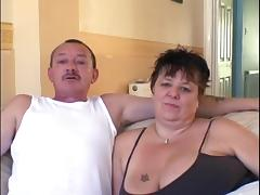 A Mature Couple Goes Extremely Hardcore In an Amateur Clip