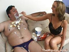 Fantastic  Kelly Wells Goes Hardcore With A Guy Who Has Food Fetish