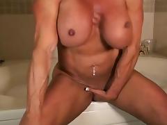 Lynn Hawt Muscle Baths