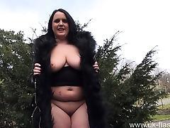 Busty amateur milf Sarah Janes flashing