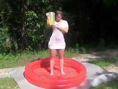 Sexy teen gets horny in the pool