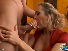 Brandi Love gets her round bubble butt pounded doggystyle porn video