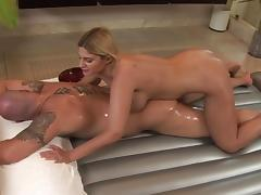 Jenner is sucking wide cock of Brooklyn Bailey