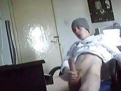 jeune se branle devant webcam