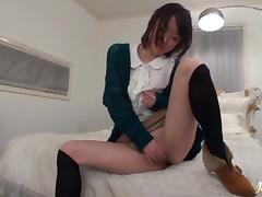 Kaede Niiyama exposed pussy drilled with facial cumshot