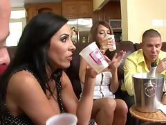 Juicy Veronica Rayne And Angelica Lane Have A Wild Foursome
