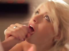 Sexy blonde Totally Tabitha is licking this dick