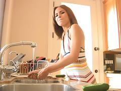 Sexy Whore Loves Masturbating In The Kitchen And Plays With The Veggies