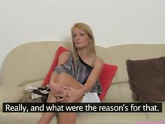 Femaleagent video: Valentina