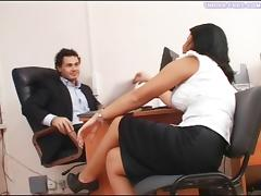 Under-Feet Video: Inga