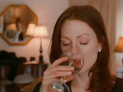 Amanda Seyfried & Julianne Moore - Chloe HD 1080p