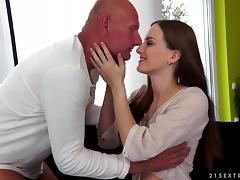 Tattooed Brunette With Long Hair Awarding Her Guy Blowjob