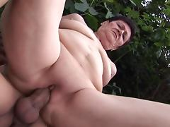 Ravishing fuck for a lusty granny