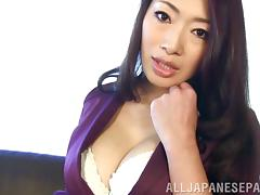 solo japanese model with big tits shows her sexy nipples