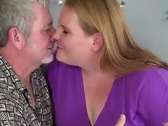 Obese blonde Scarlet makes out with an old man and rides his wang