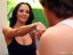 Sporty brunette Ava Addams gets fucked in hardcore reality clip