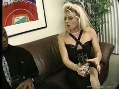 Horny blonde milf sucks a BBC in hardcore retro clip