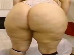 Monster Booty Bbw sucks and fucks guy